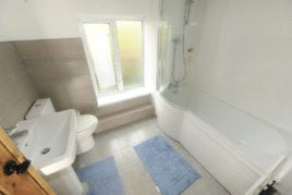 Bathroom, Lower Pitton Farmhouse, Rhossili, Gower Peninsula