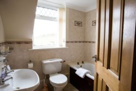 The bathroom at Brynymor Cottage self-catering accommodation, Llangennith, Gower Peninsula